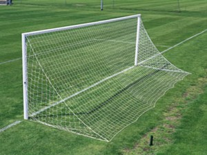 Senior Soccer Nets (Straight Back Triangular)